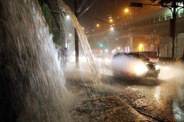 極端氣候下的水患治理:先丟棄「快速流下主義」!