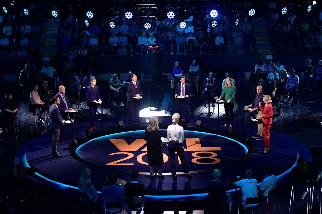 辯論可以說是瑞典政治人物必備的基本技能,有時候是一黨對一黨,有時候是八大政黨同場...