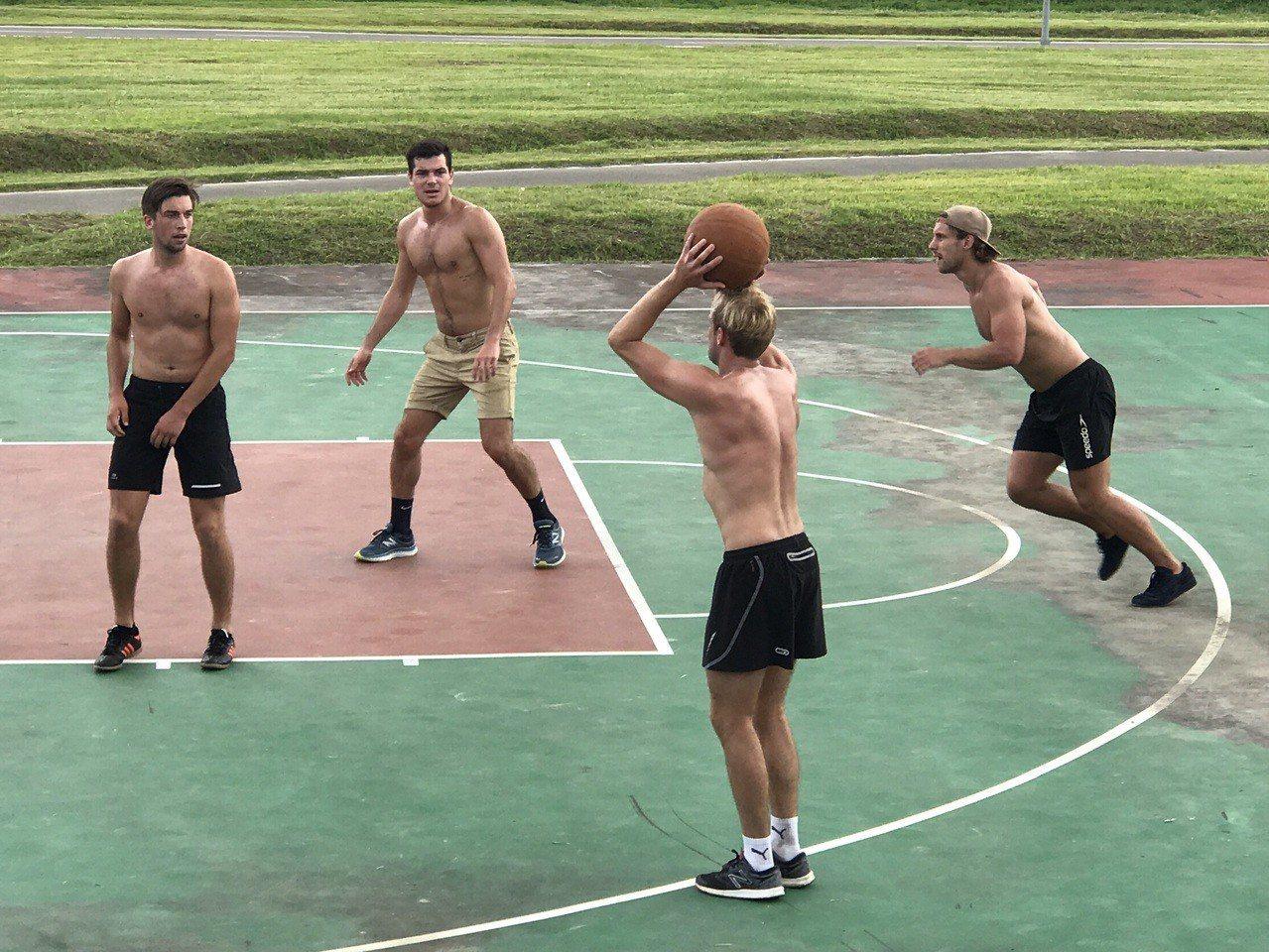 打籃球是許多人愛好休閒活動。圖/報系資料照