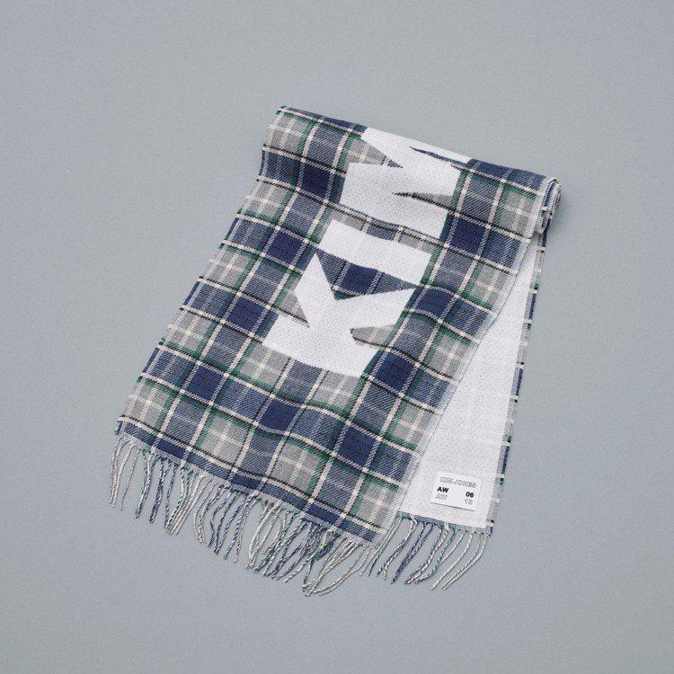 Kim Jones和GU最終合作系列圍巾。圖/GU提供