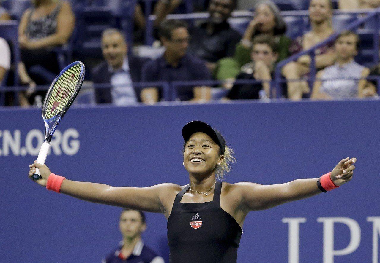 本來籍籍無名的大阪直美扳倒了網壇傳奇小威廉絲,成為首位獲得大滿貫金盃的日本女子球...