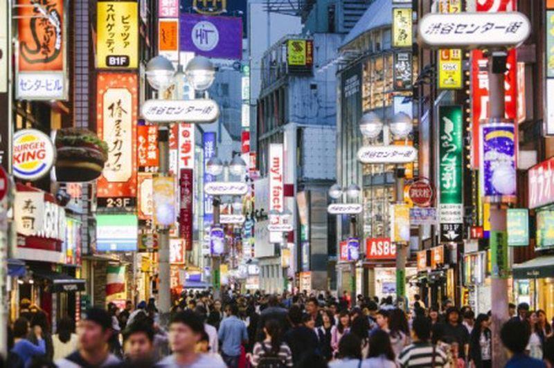 今年日本外國觀光客人數料將衝破3000萬大關。法新社
