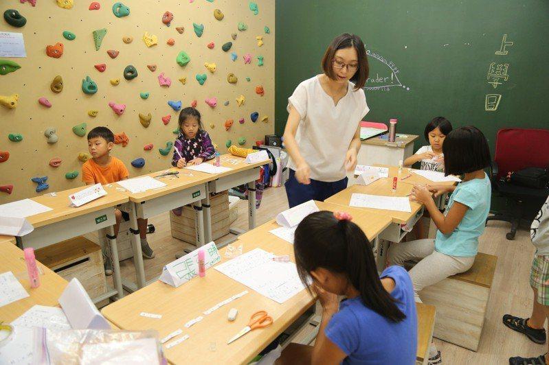 實驗教育目前的定位不明。圖為台北市濯亞國際學院實驗教育機構去年開學時的畫面。圖/聯合報系資料照片