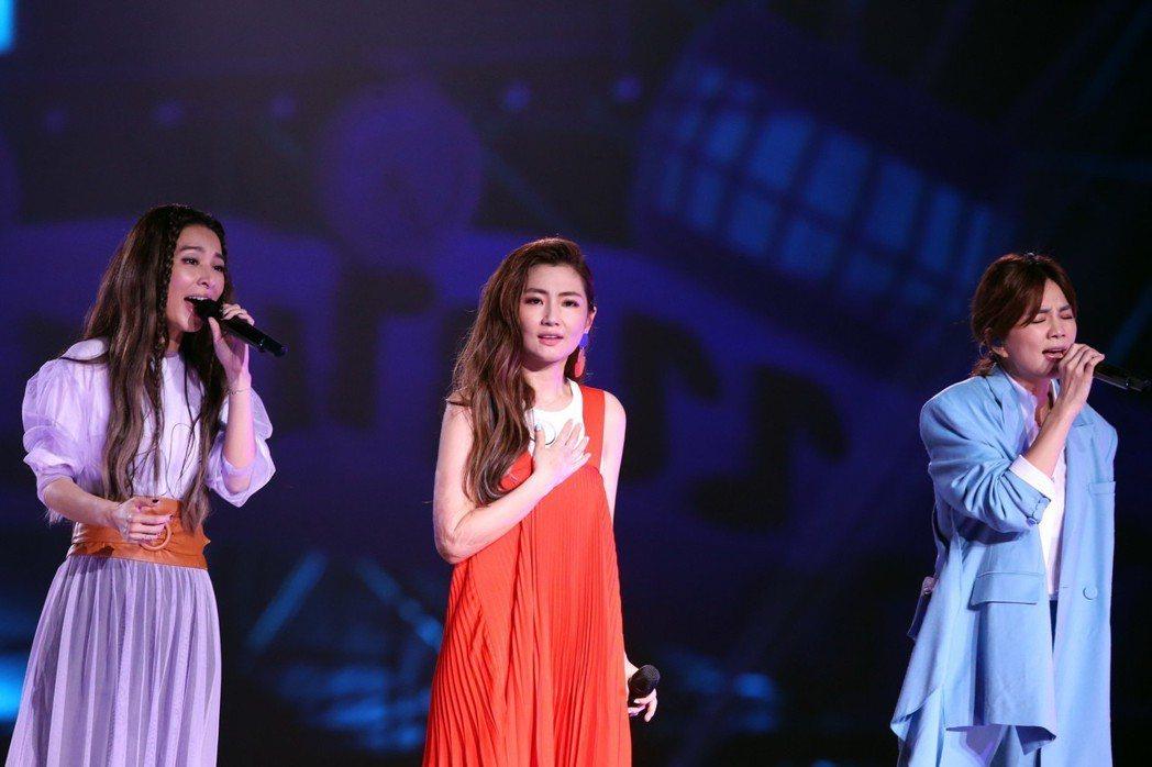S.H.E舉辦成軍17周年的萬人演唱會。記者徐兆玄/攝影