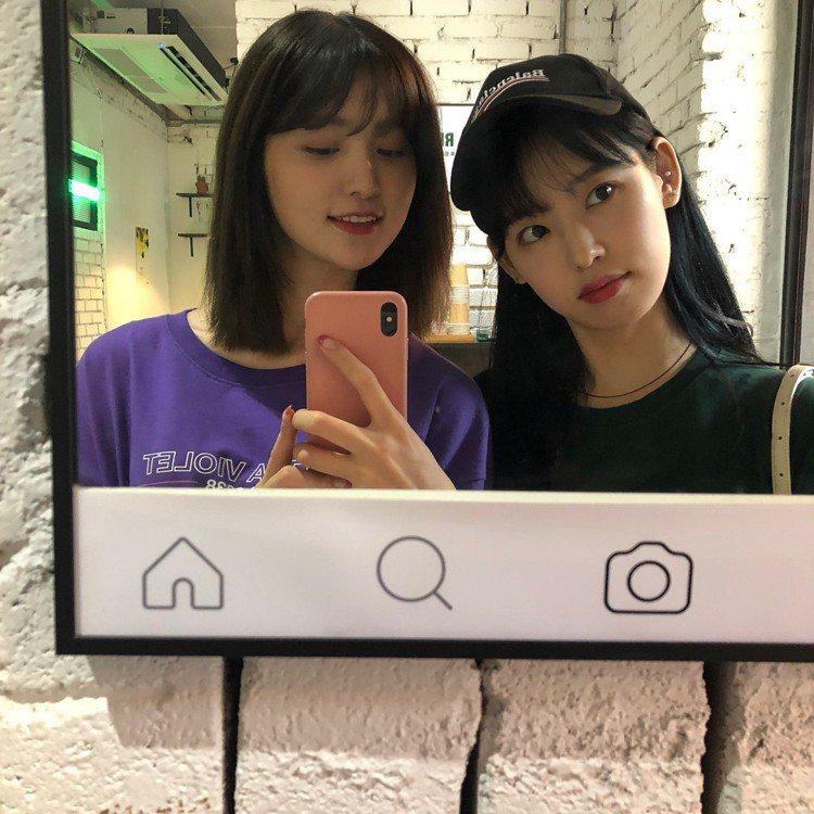 (左)正花、朴煥熙。圖/擷自instagram