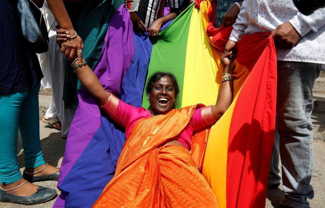 今年9月,印度最高法院廢止了自殖民以來實施長達157年的雞姦法規定。 圖/路透社