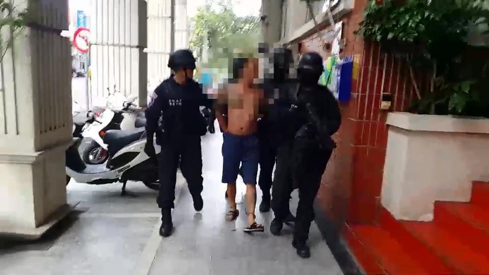 涉嫌槍殺竹山鎮製茶工,許姓兇嫌逃亡13天後,今天清晨落網。圖/警方提供