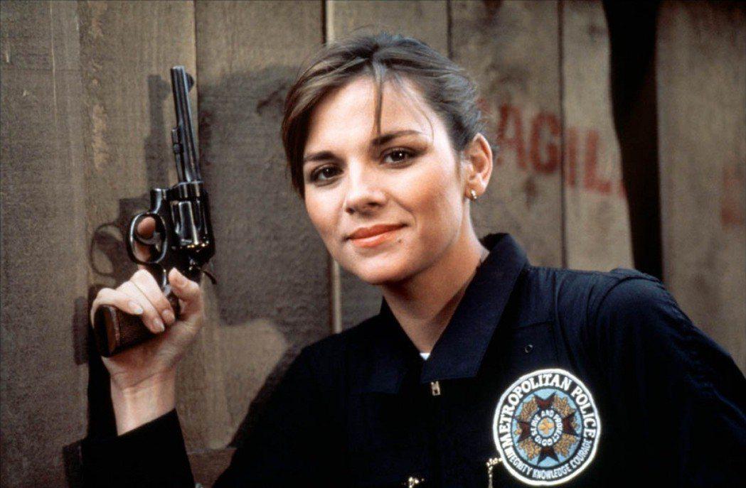 金凱特蘿曾是「金牌警校軍」首集的俏麗女學員。圖/摘自imdb
