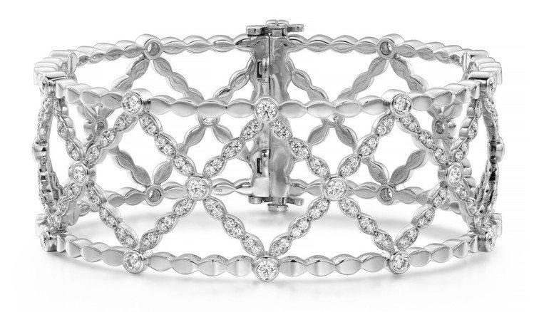 Lorelei Lattice鑽石手鐲,白金鑲嵌鑽石總重2.4克拉,67萬9,0...
