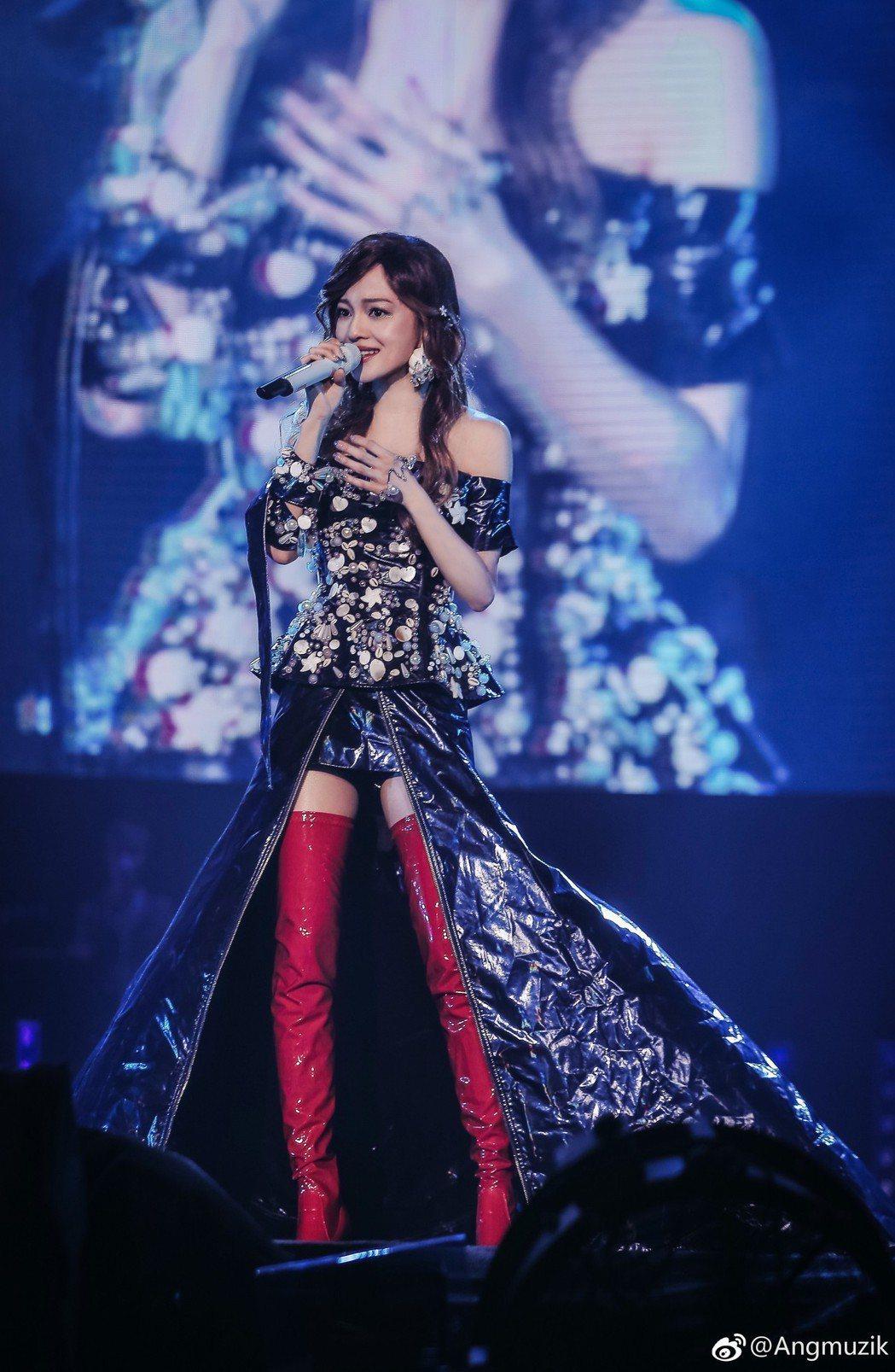 張韶涵展開「旅程世界巡迴演唱會」。圖/摘自微博