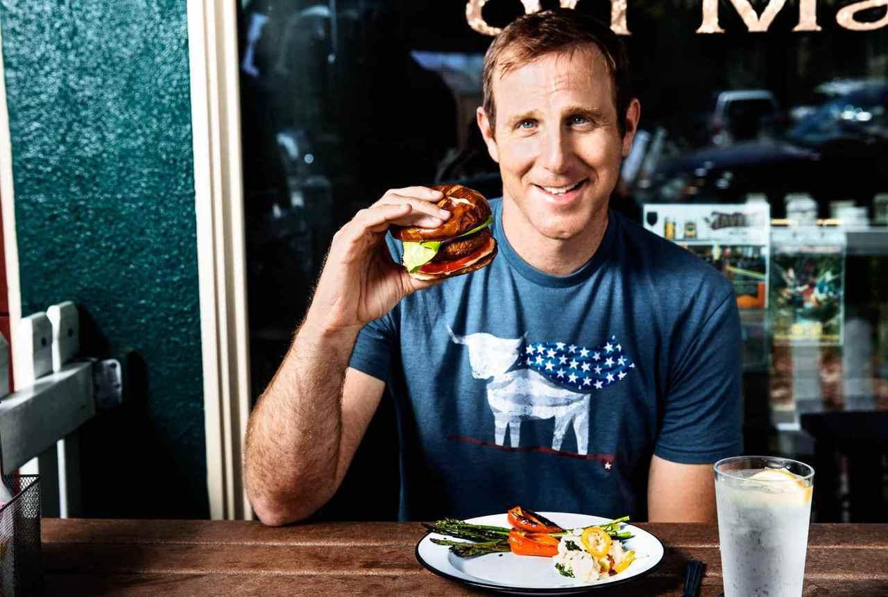 「超越肉品」食品公司創辦人伊森.布朗恩。取自「超越肉品」官網