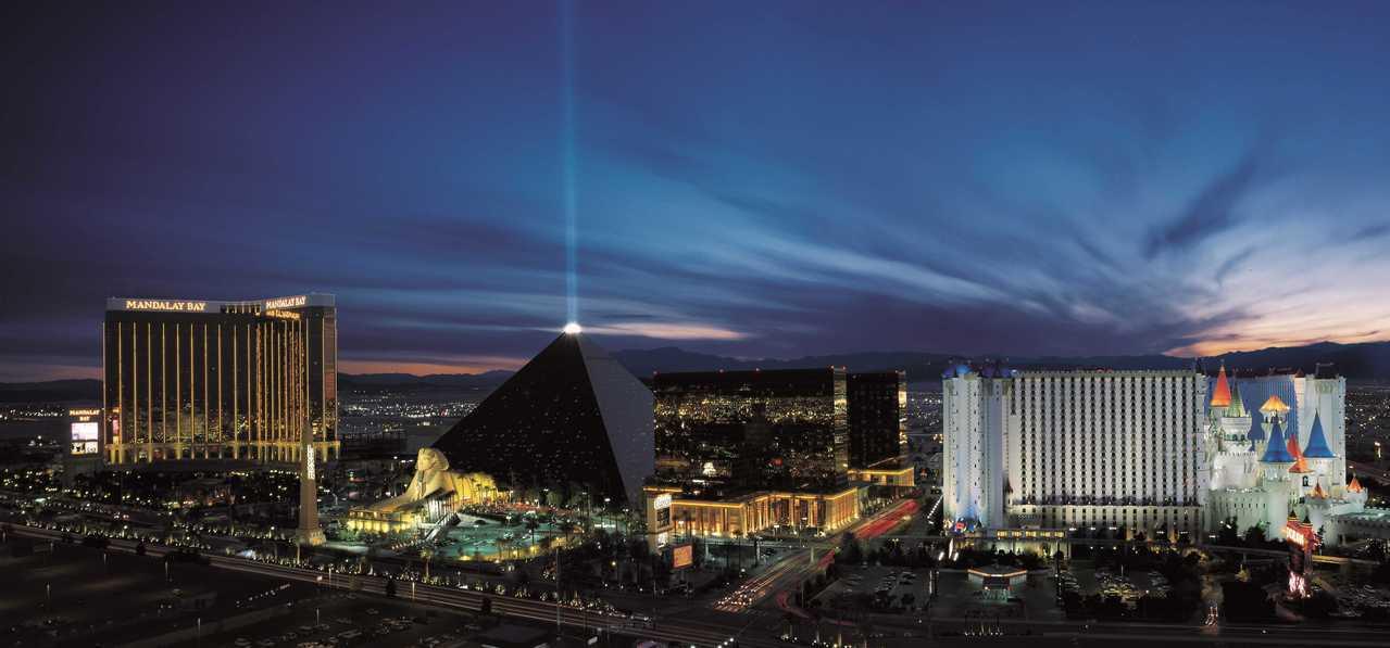 金字塔賭場酒店讓人入住在金字塔內的真實感,每晚房價829元起。圖片提供/Expe...