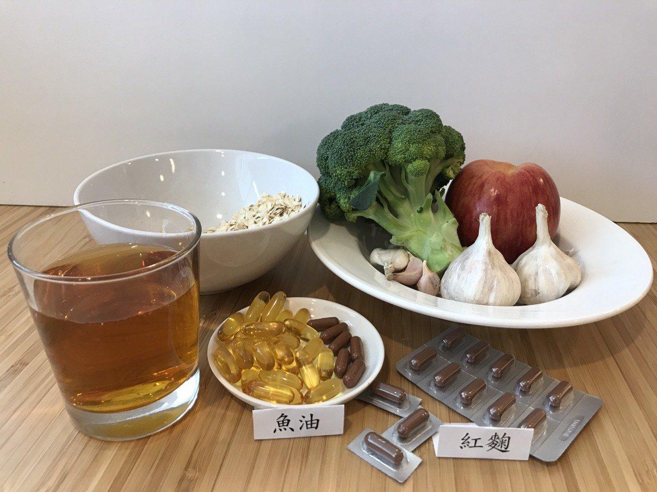 台灣每5名成年人就有一人高血脂,不少患者有著錯誤迷思,以為飲食正常,多運動,或是...