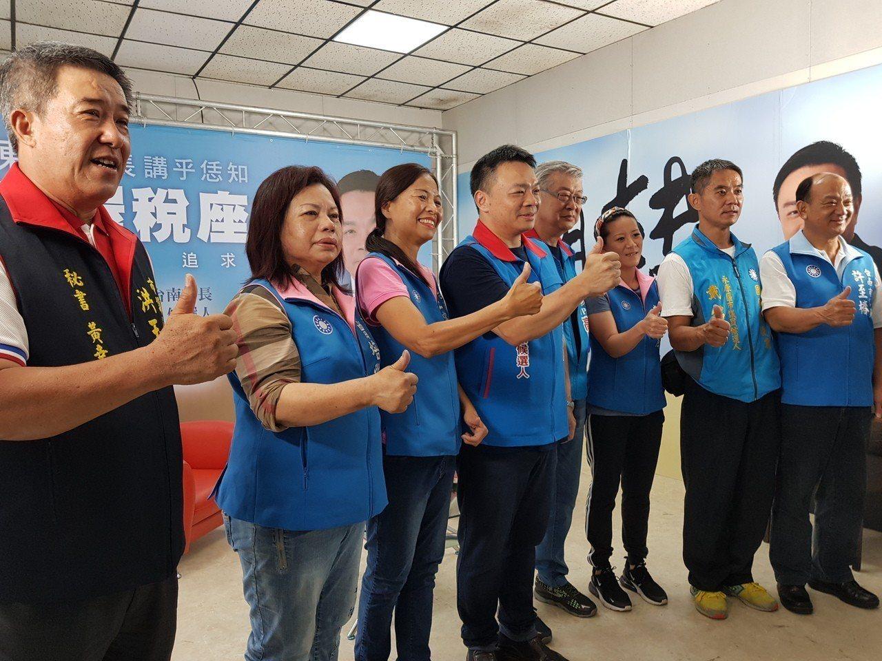 前行政院長陳冲今天南下為高思博助選 記者修瑞瑩/攝影