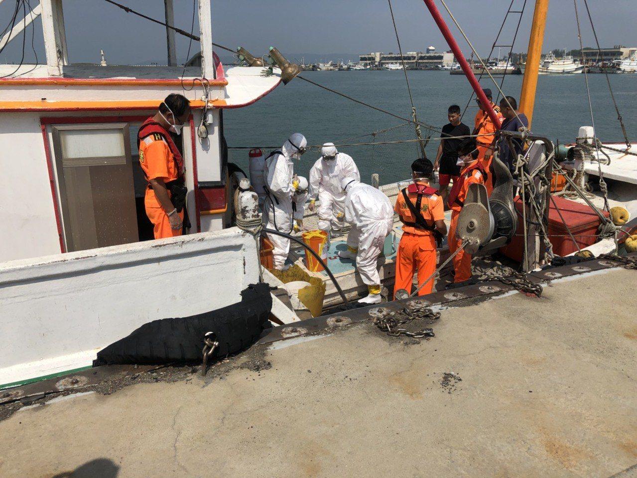 慎防非洲豬瘟,海巡署第三巡防區舉辦防疫演練。圖/新竹第八岸巡隊提供