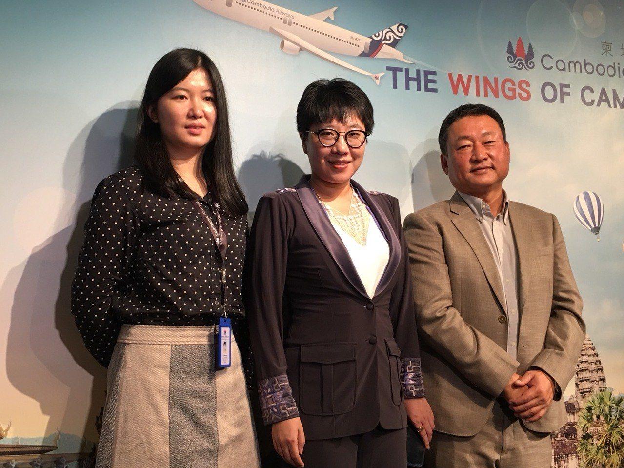 看重台灣市場,天皇旅行社與柬埔站航空合作,宣布以包機方式於10月9日正式開航台北...