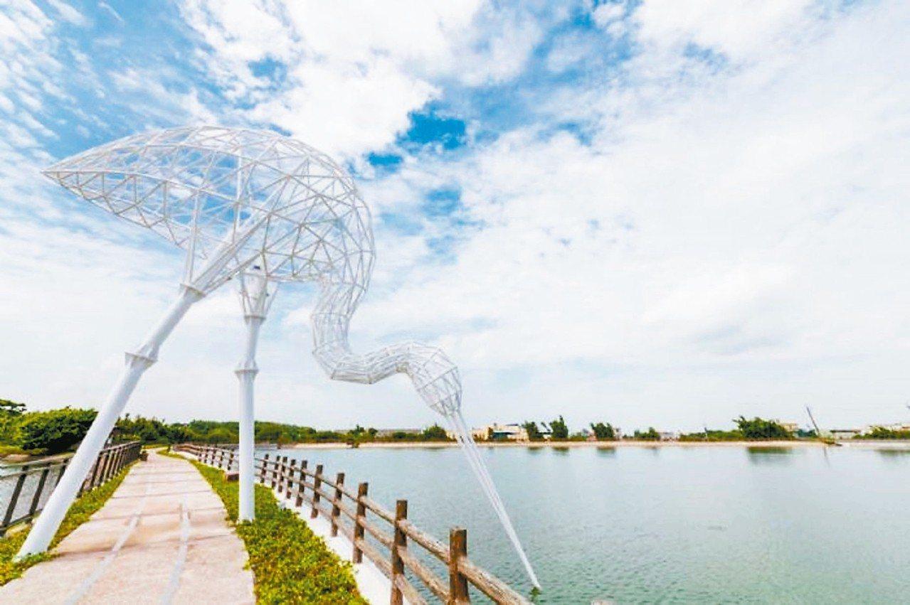 在富岡的「粼粼波光.翩翩白影」白鷺鷥,已經是網路上公推桃園地景藝術節打卡勝地。 ...