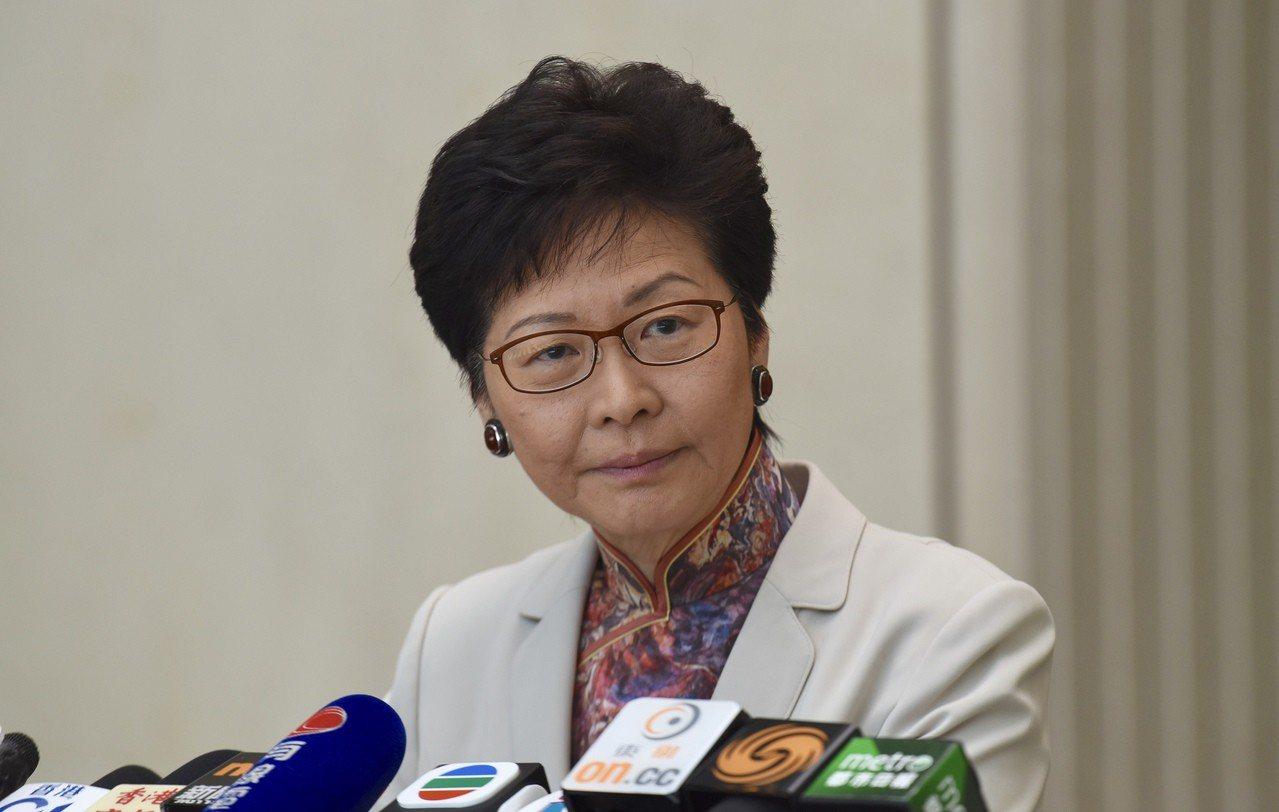 特首林鄭月娥罕見強硬回應詆毀法官「不能接受」,並深表遺憾。 香港中國通訊社