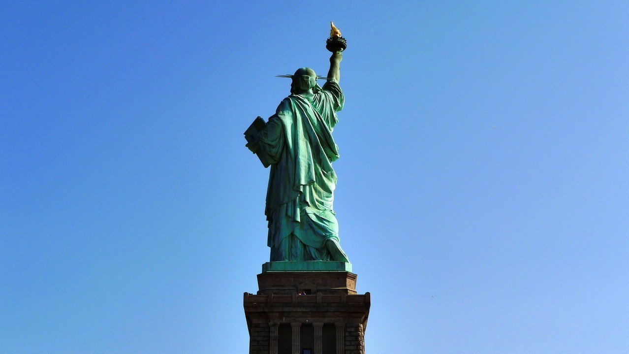 紐約擠下倫敦躍居全球金融中心龍頭。 Ingimage