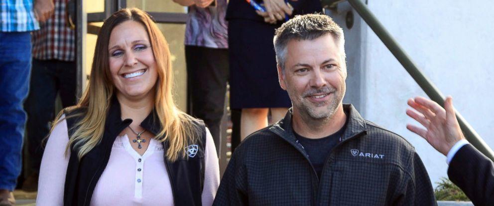 霍納(右)與他的妻子凱莉(Kelli)。美聯社