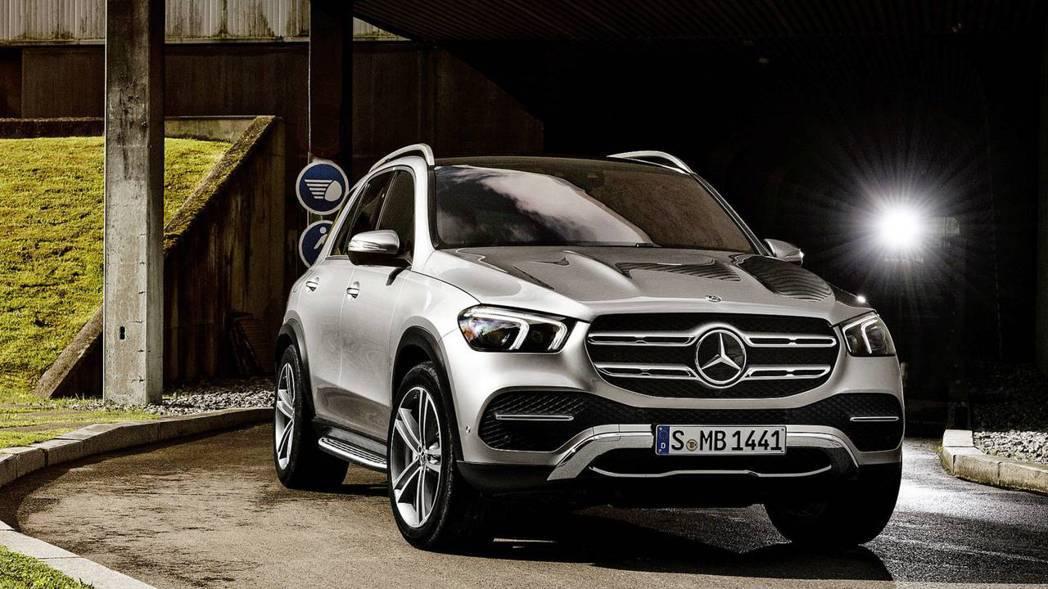 Mercedes-Benz GLE 9/12官網預先發表。 摘自Mercedes