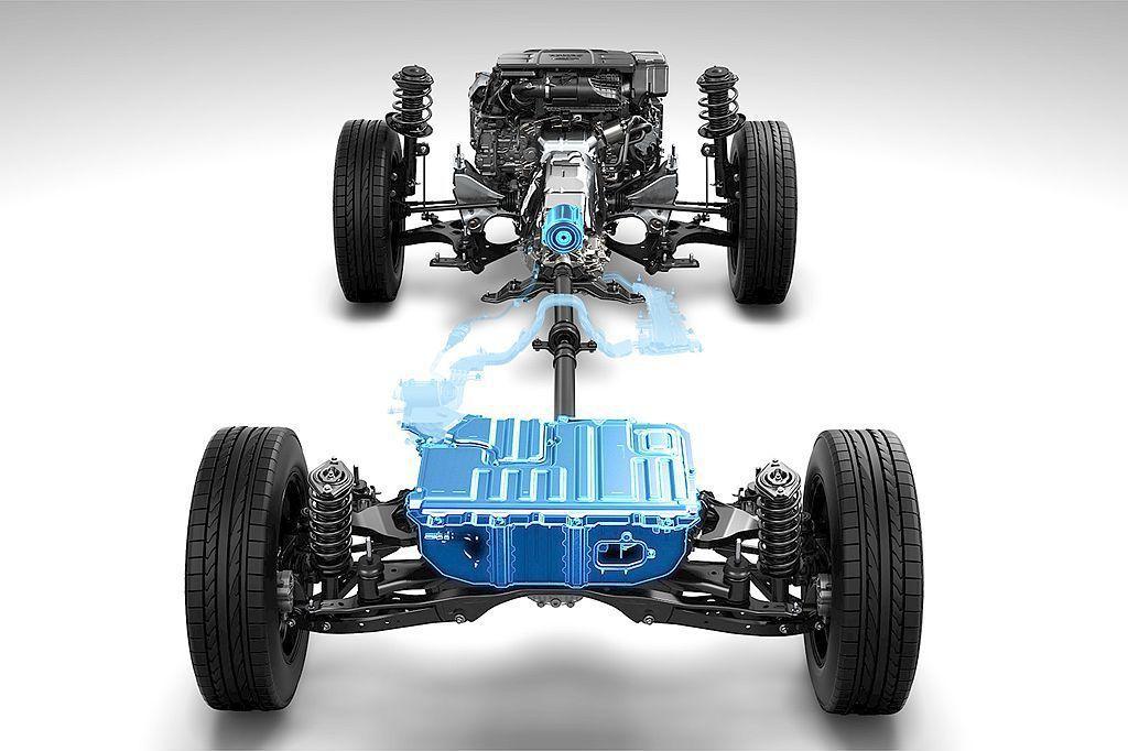 繼第五代Subaru Forester都會休旅後,新年式XV也獲得了全新開發的e-BOXER Hybrid複合動力系統。 圖/Subaru提供