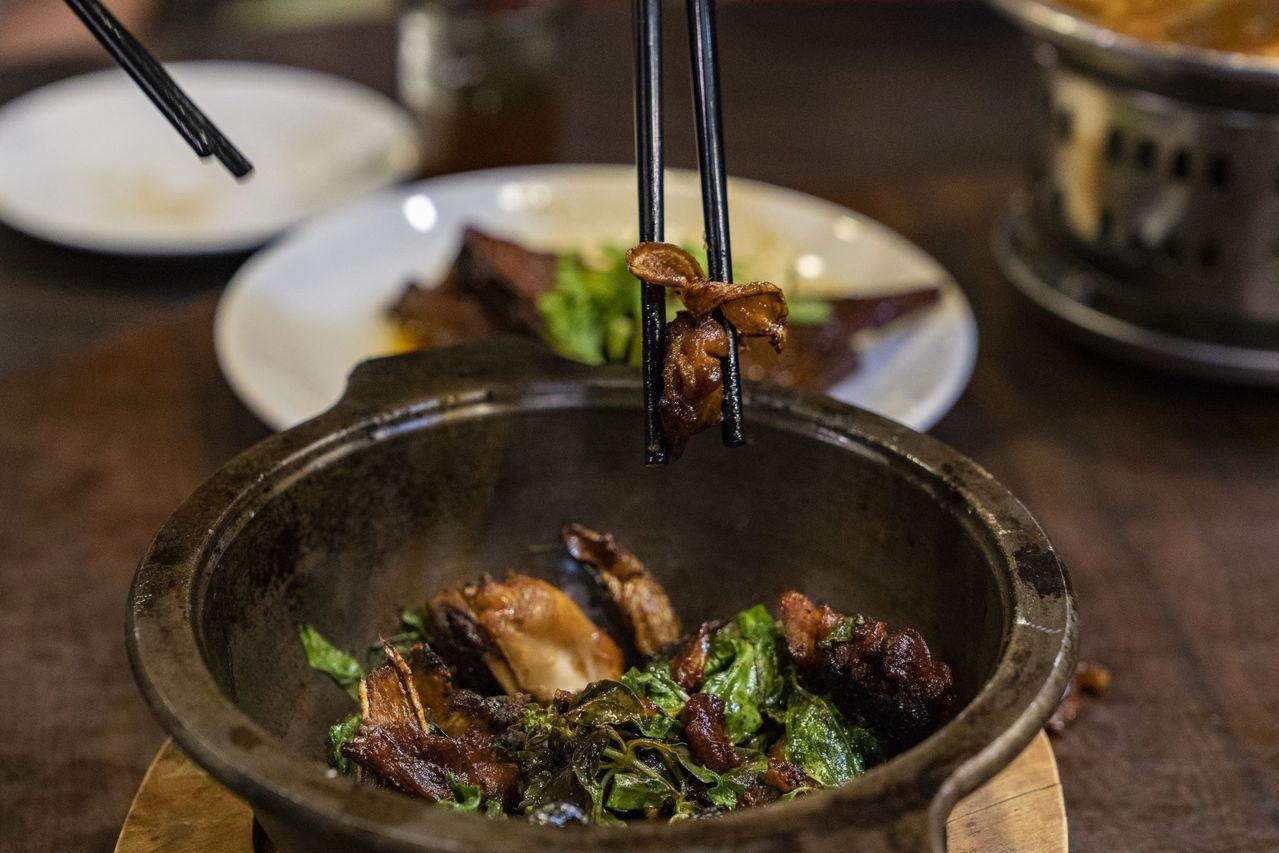 國民美食三杯雞,是無法取代的經典美味。 圖/看見台灣基金會提供