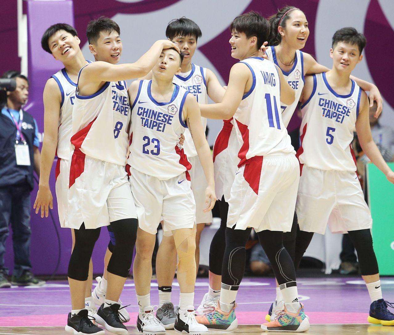 亞運中華女籃隊球員大舉西進,12人有8人新球季都將在WCBA征戰。圖/報系資料照