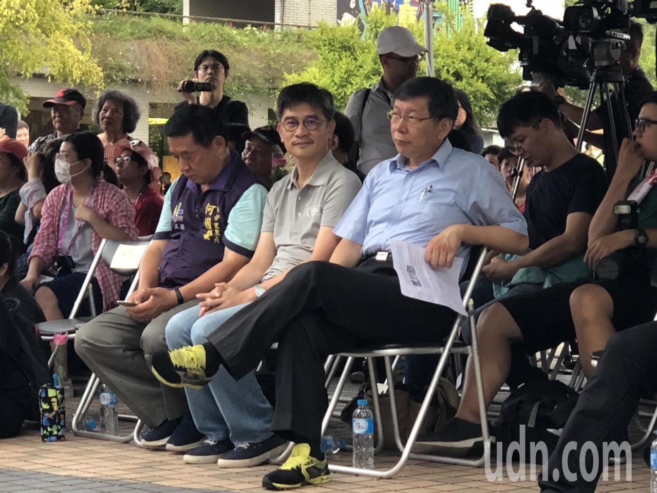 柯、綠分手後,台北市長柯文哲首度和台中市長林佳龍「同框」,兩人互動不多,甚至林佳...