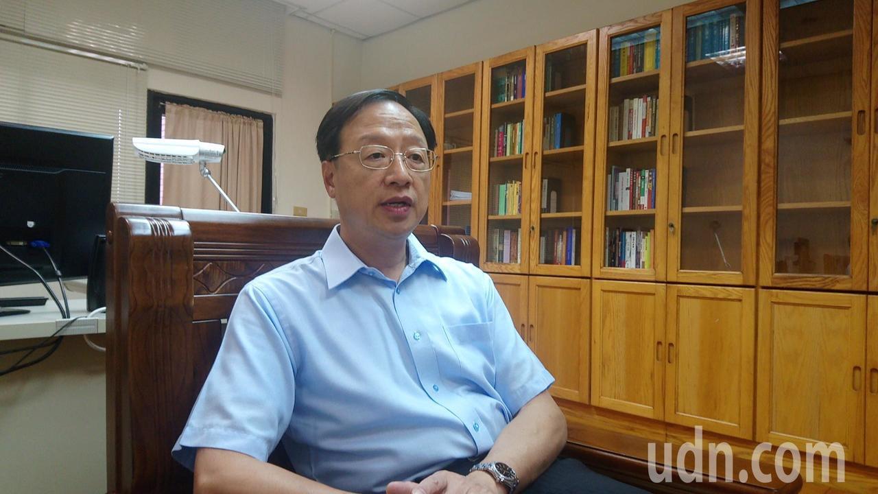 江宜樺表示很喜歡在大學教書,讚賞中正大學的校園和學術都很優質。記者謝恩得/攝影