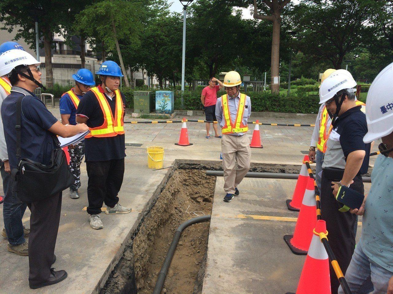 降低挖損地下管線災害頻率,台中市建設局「台中市道路挖掘施工安全管理人員認證教育訓...