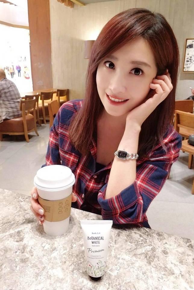 寰宇主播黃若薇外型甜美可人。圖/摘自黃若薇臉書