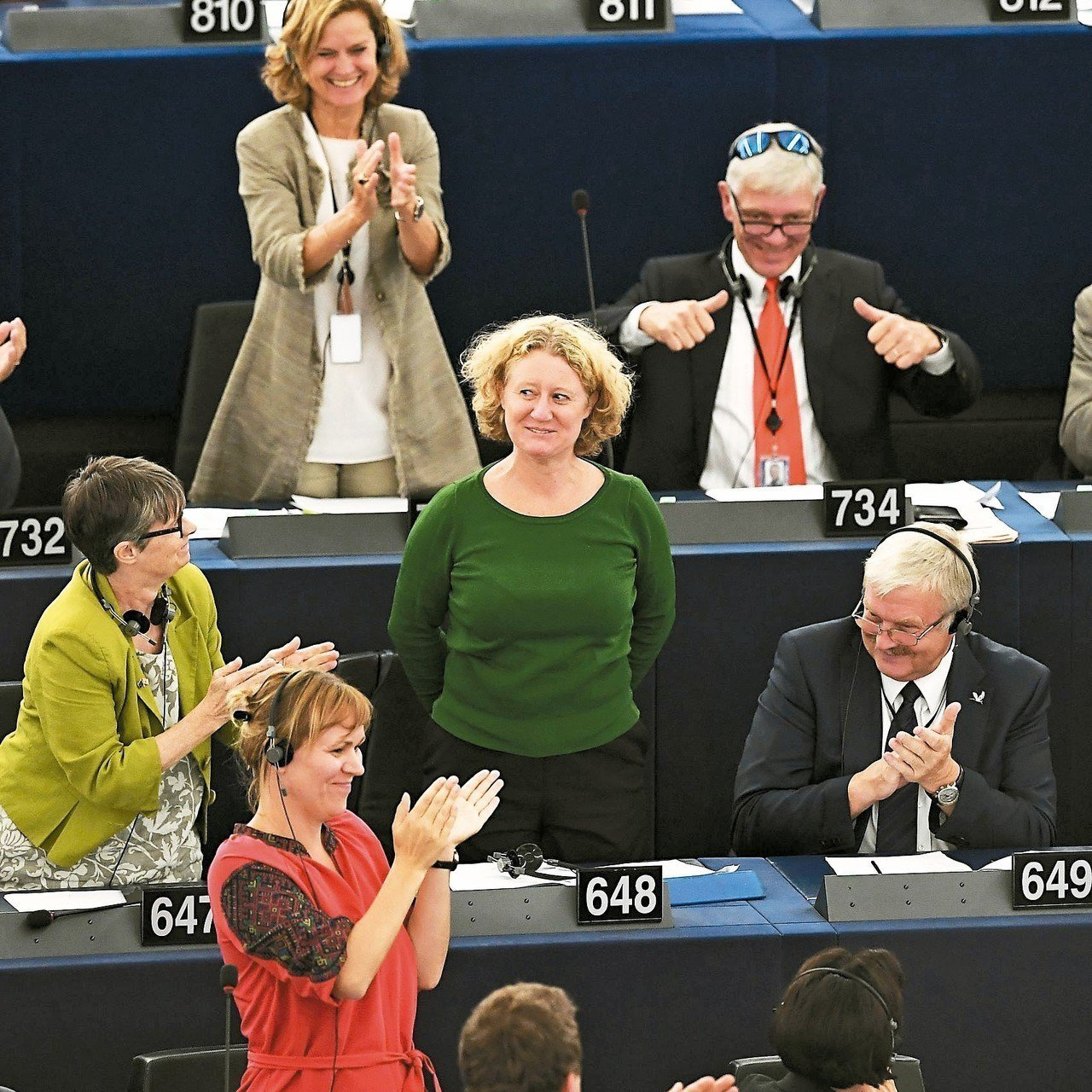 歐洲議會十二日表決通過懲處匈牙利,負責撰寫報告指匈國違反人權的荷蘭籍議員薩根提尼...