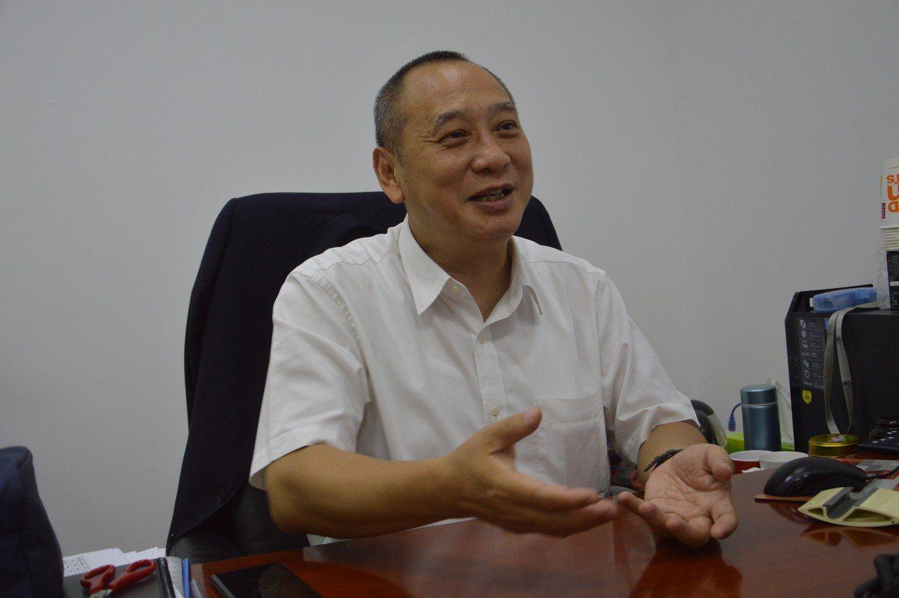 SM百貨中國區總裁曾柏壽說,金門永遠都比不過廈門的硬體建設,「金門不會是第二個廈...