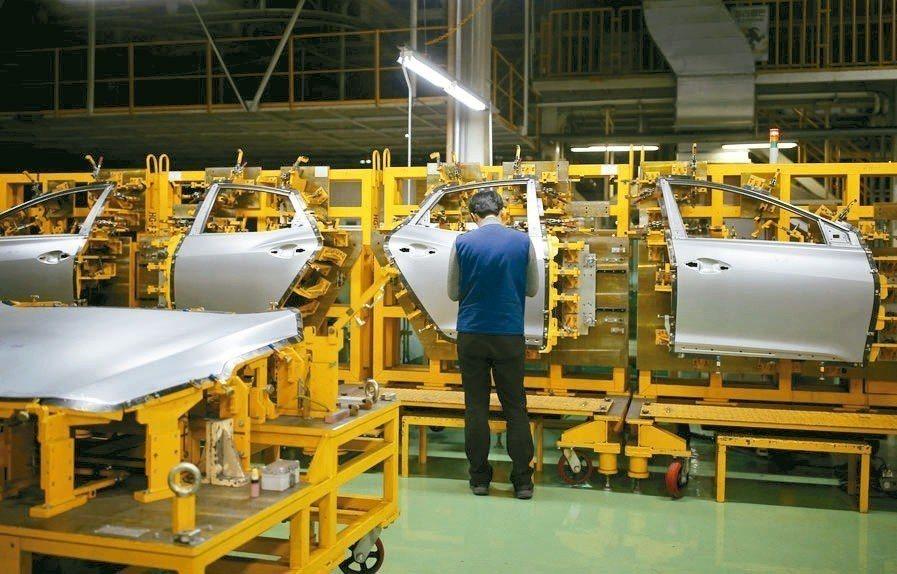 南韓8月失業率從7月的3.8%躍升至4.2%,是2010年初以來最高。 路透