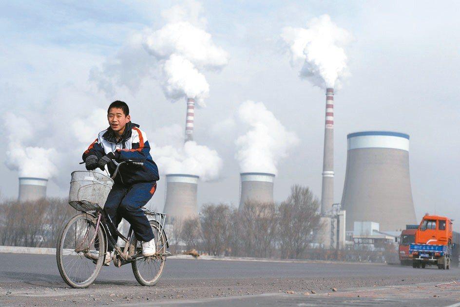 EIA並表示,接下來到2040年左右,亞洲和非洲國家為了提高發電量,煤炭需求還會...