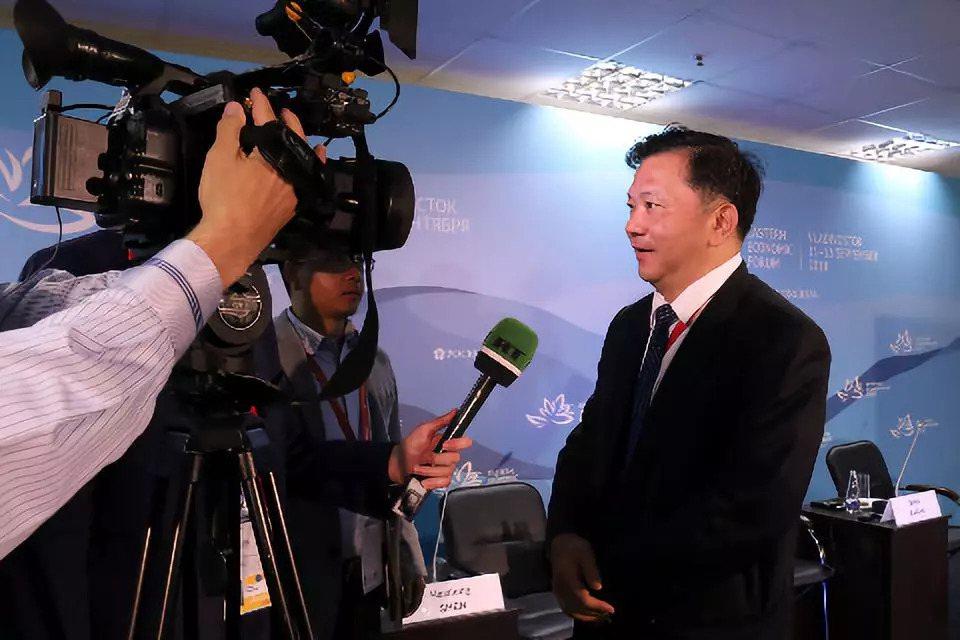 央視台長吐槽俄羅斯酒店肥皂,表示太粗糙可從中國進口。