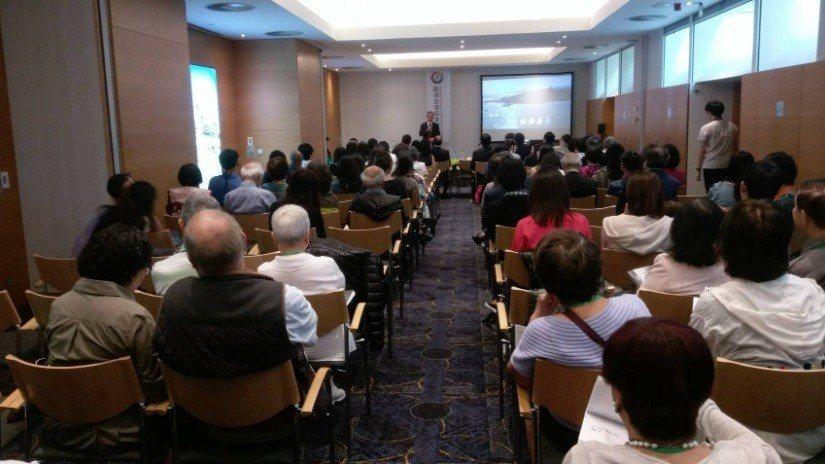 吳新興參與第48屆歐臺協會年會開幕式。圖/僑務委員會提供