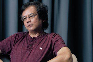 白依璇/專注寫好小說的老文青:訪《野豬渡河》作者張貴興