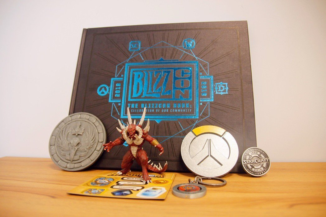 2018 BlizzCon 驚喜袋全內容物!