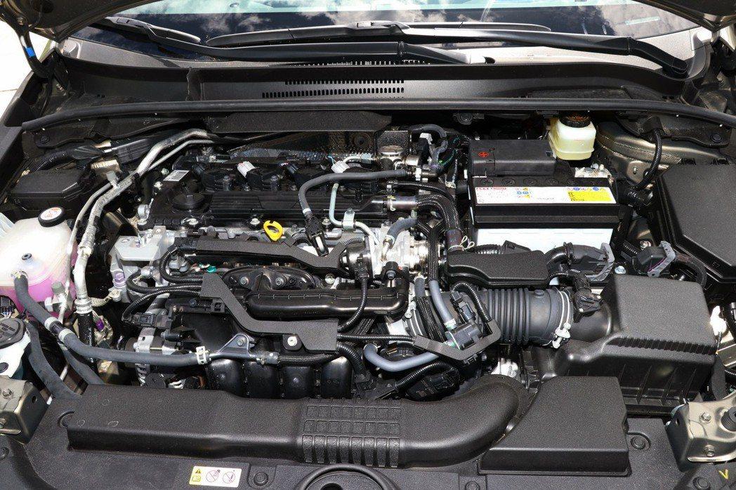Dynamic Force 2.0L自然進氣引擎,擁有171ps最大馬力及20.9kgm峰值扭力輸出。 記者陳威任/攝影