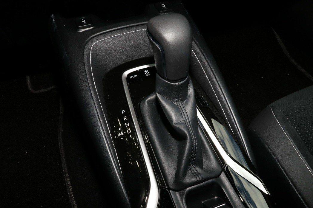 全新Direct Shift-CVT變速箱。 記者陳威任/攝影