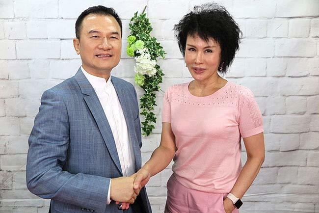 理財周刊發行人洪寶山(左)、譚敦慈(右)650