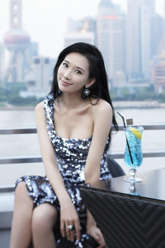 志玲姐姐人美心善獲選十大有責任感藝人。圖/摘自臉書