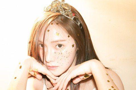 前少女時代成員潔西卡近年致力發展個人時尚與演藝事業,但也不忘支持她的台灣粉絲,她宣布將於10月21日在台北國際會議中心舉辦「2018 Golden Night with Jessica Mini C...