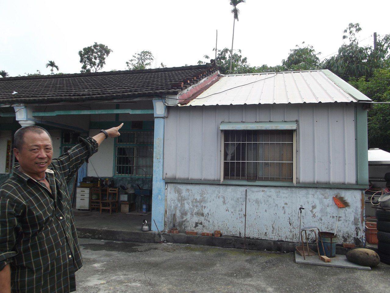 40餘年資深水電師傅何梵誠花了5天,找出屋子漏電的元兇,是中華電信架在屋頂的纜線...