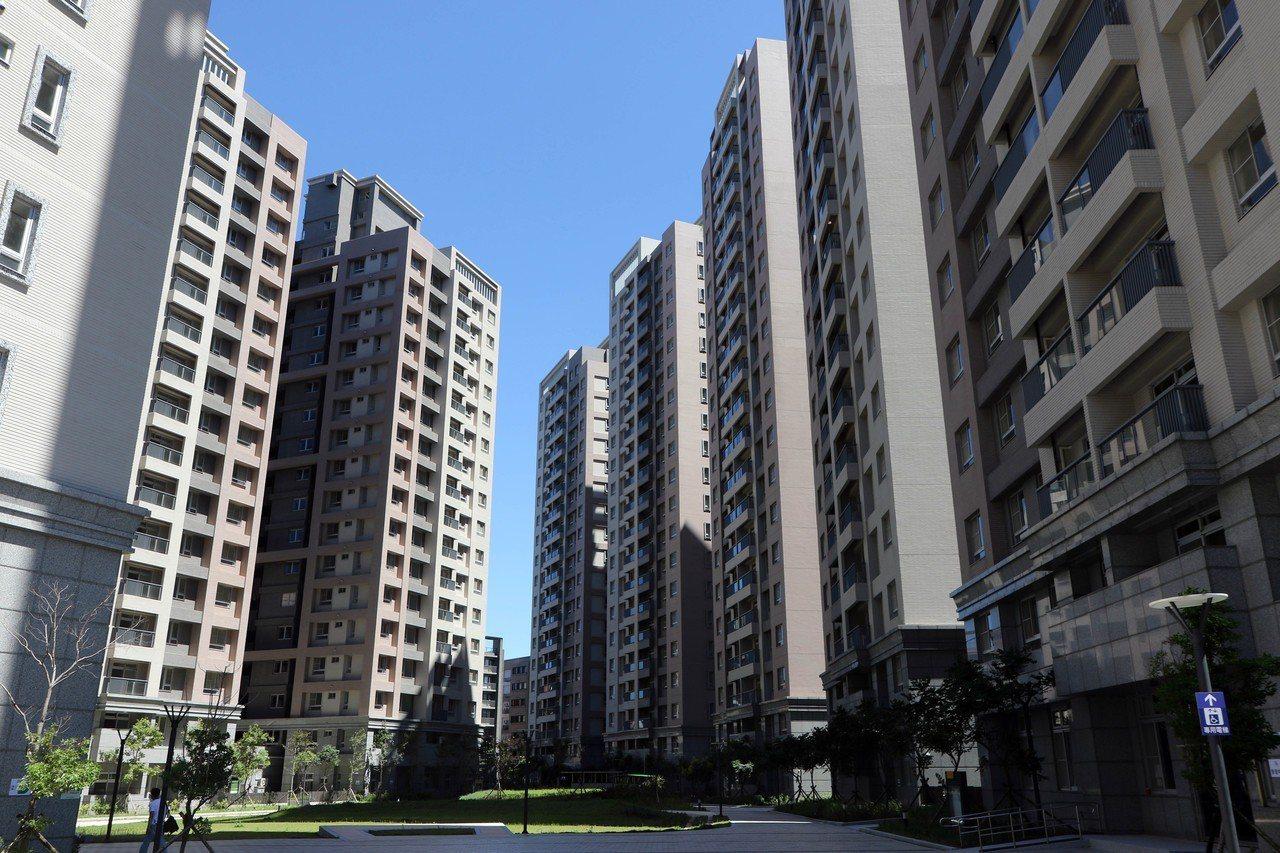 新北林口世大運社會住宅今進行抽籤,一房型中籤率18%最低,三房型只要有申請就有房...