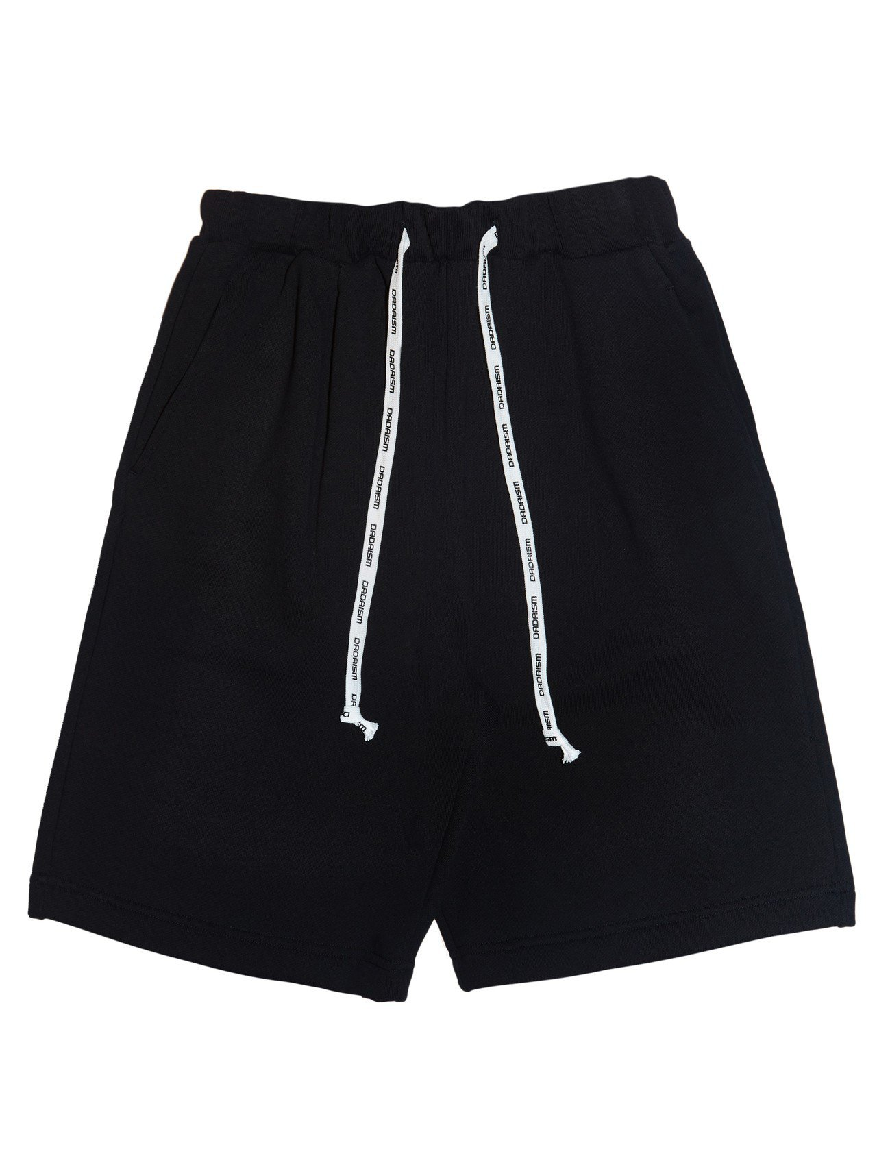 Christian Dada台北限定款黑色短褲,6,900元。圖/Christi...