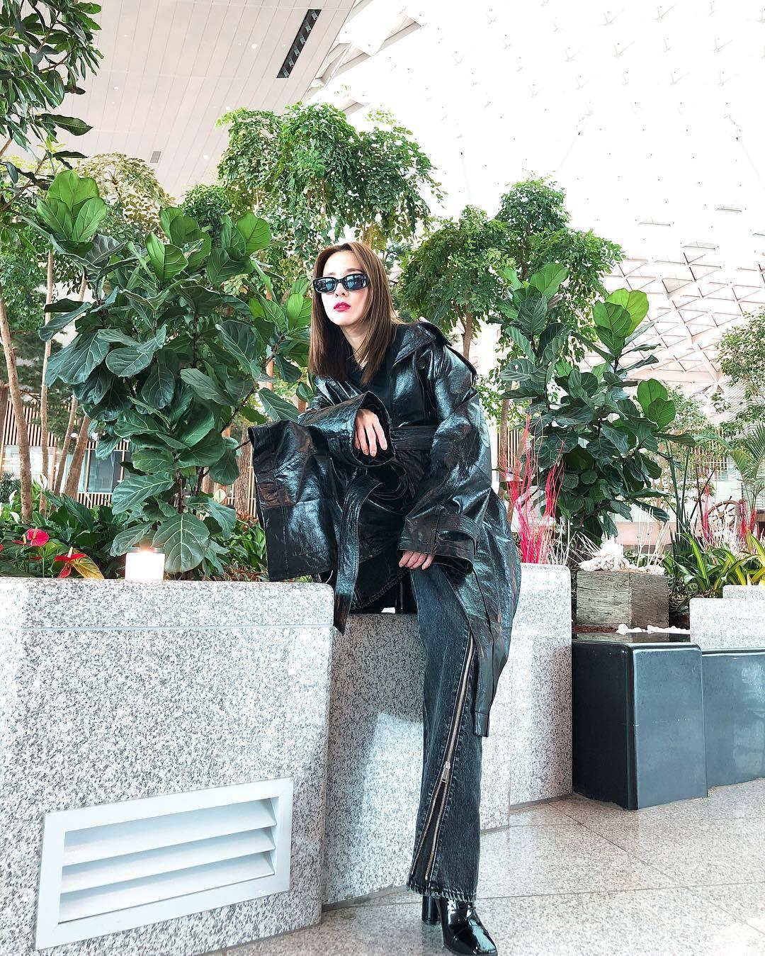 韓國女星Dara也一身勁裝將出席Christian Dada台北旗艦店開幕活動。...