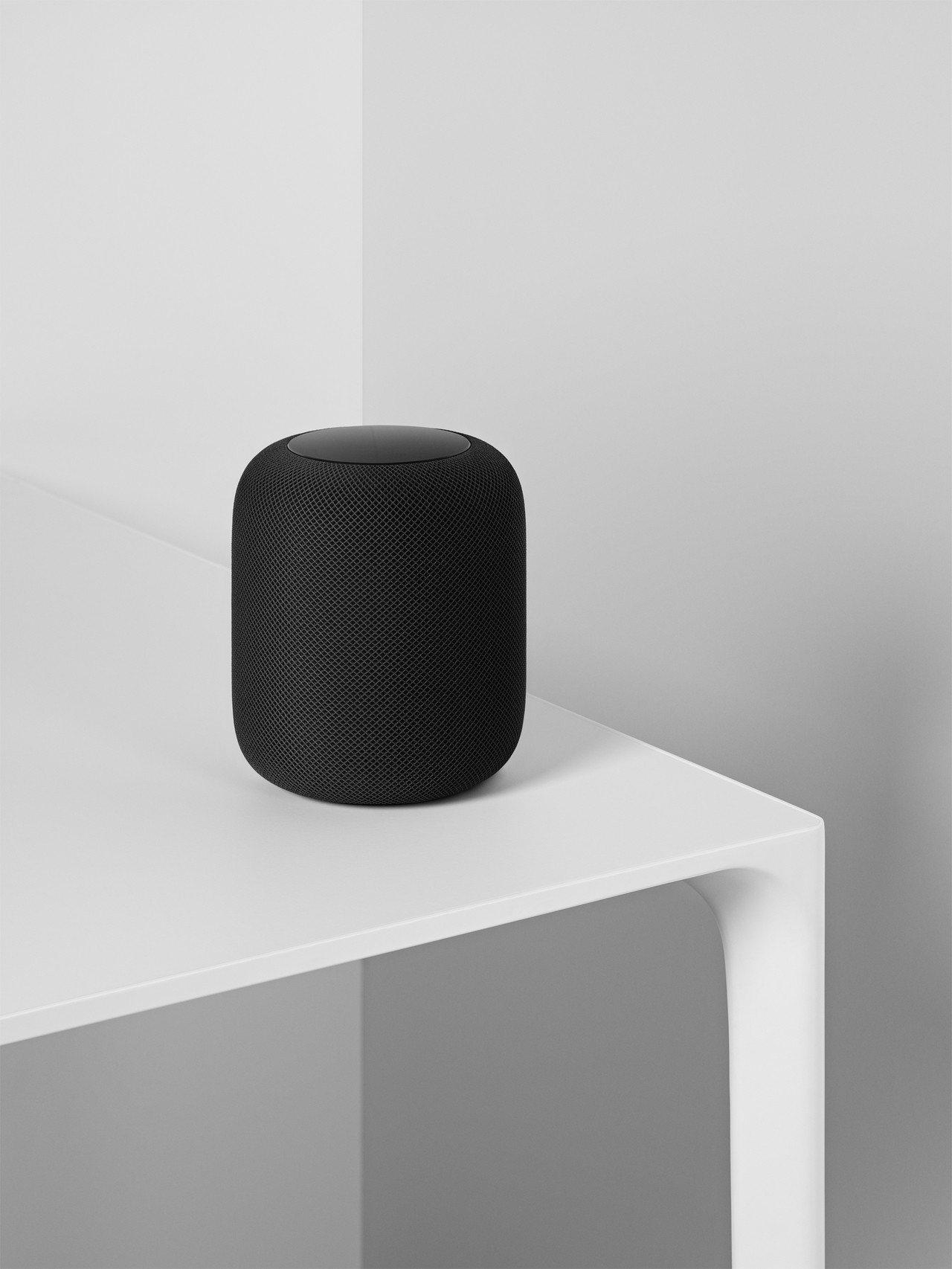 除了豐富的智慧功能,HomePod同時能提供絕佳的聆聽體驗。圖/蘋果提供